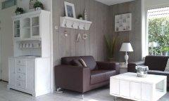Couch_und_Buffet.jpg